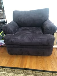 Black single couch Alexandria, 22306