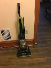 Eureka vacuum cleaner with washable filter