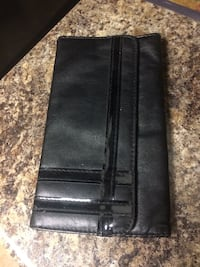 Ladies wallet  Edmonton, T6E 0R2