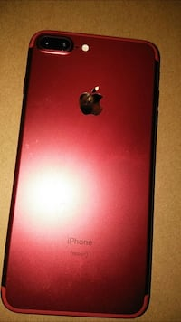 Product red iphone 7 plus Cleveland, 44106