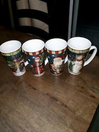 Christmas Mugs. $12 for Set Aurora, L4G 6Z6