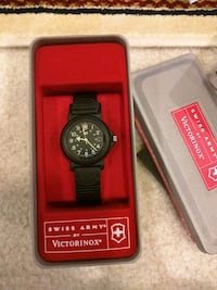 New in box Swiss Army by Victorinox Fairfax
