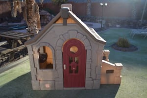 Step2 Storybook Cottage Playhouse