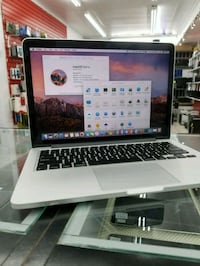"Late 2012 Apple Macbook Pro 13"", Free Software, Comes with warranty Toronto, M9V 2X6"