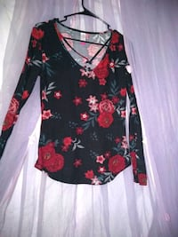 black and red floral scoop neck long sleeve dress Oklahoma City, 73149