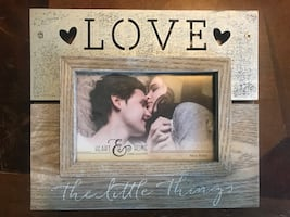 """Love the Little Things"" Picture frame"