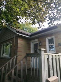 HOUSE For Sale 3BR 2BA Oshawa