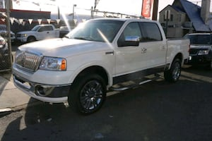 2007 Lincoln Mark LT 150-in 4X4