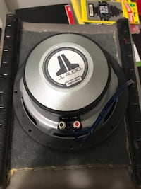 "JL audio 8"" subwoofer Oak Park, 48237"