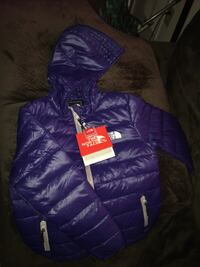 Kids northface size medium  Hagerstown, 21740