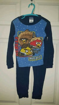 Childrens size 6 ANGRY BIRD  Pjs