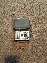 gray Fujifilm point and shoot camera with case Billings, 59106
