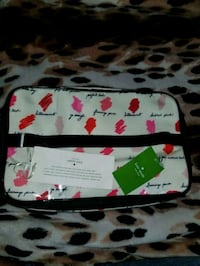 BNWT Kate Spade Makeup Bag  Laurel