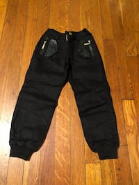 Kids black pants sizes 2/6 New not worn 46 km