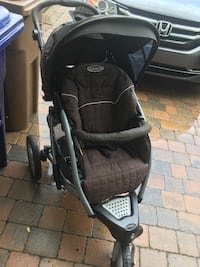 baby's black and gray stroller Montréal, H4L