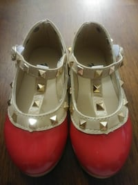 Shoes size 23 ( toddler ) Calgary, T1Y 1B7