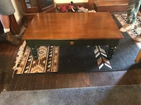 Country coffee table  Hagerstown, 21742