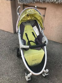 Eddie Bauer Stroller with Canopy  Smoke and pet free home.  View my other ads!!! Vaughan