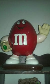 M&M candy dispenser  Bay City, 48706