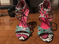 Multi colored heels size8