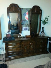 Double mirror dresser Tulsa, 74135