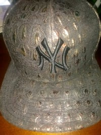 Brand new New York hat. New Era snapback Chicago