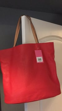 Red leather tote bag Toronto, M3J