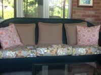 Patio sofa Burlington, L7T 2B9