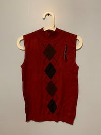 Red sleeveless top Vaughan, L4J 2Y8