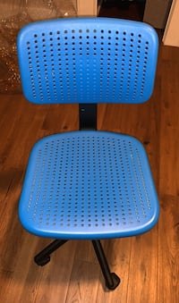 Computer chairs - 2 identical
