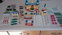 BREYER STABLE SET & ERTL STABLE PEICES Innisfil, L9S 3T8