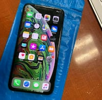 Apple iPhone XS Max - 512GB - Space Gray (Unlocked Langley Park