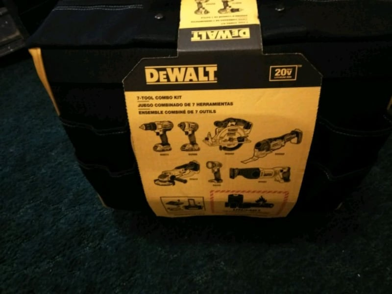 new DeWalt 7 combo tool kit with two 20-volt lithium ion batteries ed92046c-d9aa-49bd-a029-c1177ce54ce6