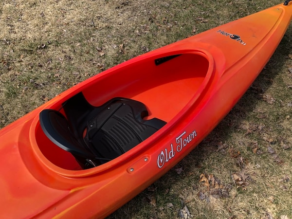 Old Town Kayak - 11 foot w/ paddle and life jacket