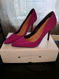 EUC purple suede heels from Aldo. Toronto, M8X 1A2