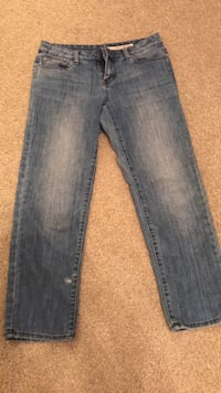 DKNY designer jeans size 6 like new! Wilmington, 28412