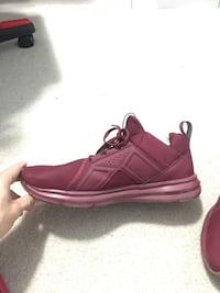 Puma Sneakers Red Size 10.5 (Like New)