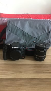 Canon T1i with 18-55mm lens and bag Vancouver, V6B 1T2