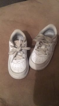 Children's Nike Air Force Ones 685 mi