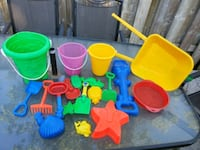 20 pieces of sand toys PRICE IS FIRM  Brampton, L6W 1V2