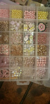 PINK GLASS BEADS & CHARMS + ORGANIZER Fresno, 93704