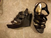 Like new size 9 brown wedges Martinsburg, 25404