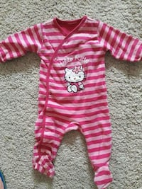 babyens rosa Hello Kitty footie pajama