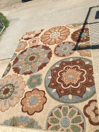 New condition rug 5x7 Junction City, 66441