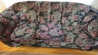 2pc sofa set Montreal, H8R 3E5