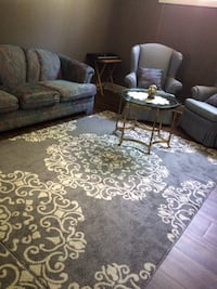 Beautiful couch set London, N6H 3X6