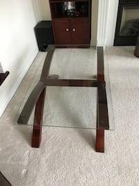 Coffe table in excellent condition Toronto, M9N