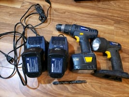 Cordless power drill, comes 3 battery packs and flash light.