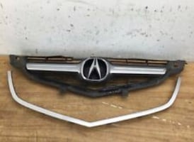 USED ACURA TL 2004-06 FRONT GRILL WITH LOGO FOR SALE