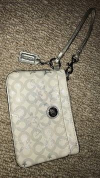 Coach clutch silver and white